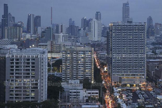 The general view of condominium building in Bangkok. (Bangkok Post file photo)