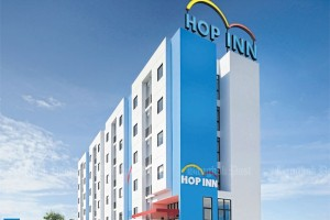Hop Inn is a strong budget hotel brand expected to drive growth for Erawan Group. Hop Inn roll-out in the Philippines this year will help the company expand its hotel network in the future, says Erawan president Kamonwan Wipulakorn.