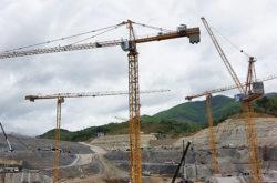 s-b-siam-supplies-23-potain-cranes-for-xayaburi-dam-construction